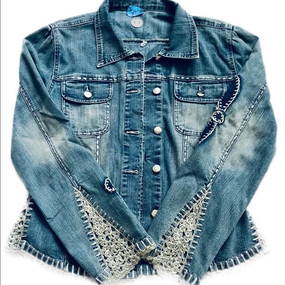 Crest Jackets & Blazers - Crest Jeans Blue Jean Jacket Size Medium